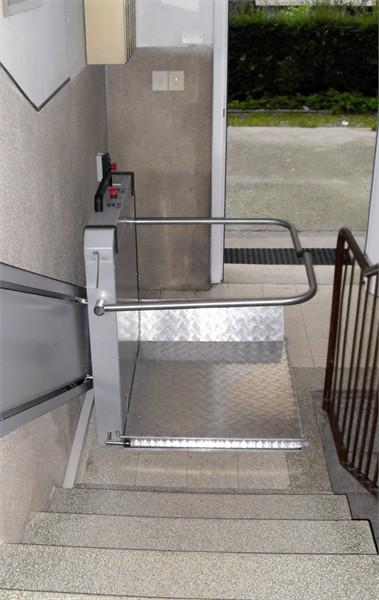 Condomini disabili: chi paga l installazione del montascale e la